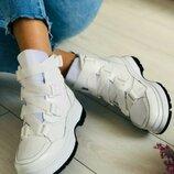 Ботинки зимние женские кожаные, белые
