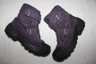Ботинки термо фирмы Ecco 31 размера по стельке 19,5 см. вся стелька с загибом 20,5 см. Коробки нет.