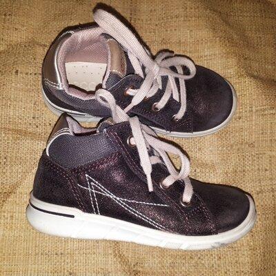 25р-16.5 кожа ботинки Ecco фиолетовый с напылением вся стелька 16.5, на стопу меньше высота от пола