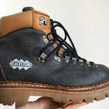 Трекинговые ботинки Blackstone размер 40