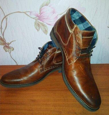 Мужские демисезонные кожаные ботинки mustang