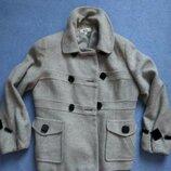 Стильное серое осеннее весеннее пальто стильне сіре осіннє веснняне пальто
