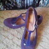 Красивые элегантные удобные кожаные замшевые туфли hotter