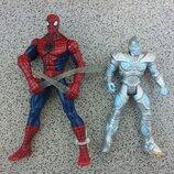 Человек паук, оригинал, с паутиной