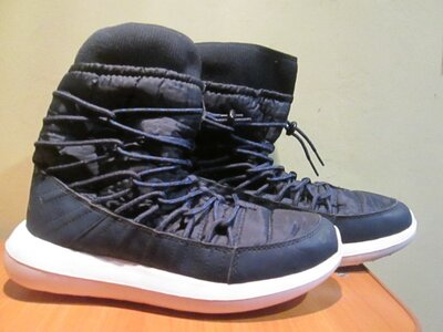 Сапоги -дутики nike р.37-40.сток.зимние.Обувь из Европы.