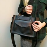 Удобная сумка черная, на длинной ручке