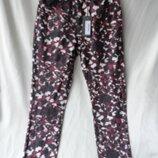Классные джинсики высокая посадка камуфляж