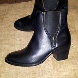 6/5 -27 Paul Green кожа ботинки состояние новых каблук 6.5 высота от пола 20 ширина подошвы 10 раз б