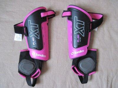 Sondico Flair XT Shinguards М тренировочные щитки