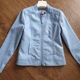 Куртка эко-кожа 122-128 в отличном состоянии