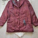 дутая обьемная оверсайз деми куртка пальто пуховик бордовая марсала с цветочным принтом рисунком