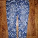 Стильные женские зауженные джинсы 14 р. Peacocks