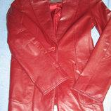 Куртка вишневая новая