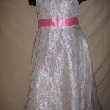 Отличное платье Tigerlily 7л