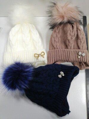 Зимние шапки на девочек и мальчиков, большой выбор