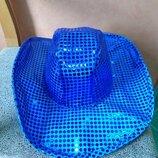 Синяя нарядная шляпа