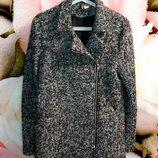 Красивое пальто с шерстью H&M,размер S.