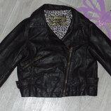 Фирменная модная кожанка-косуха5-6л в идеале