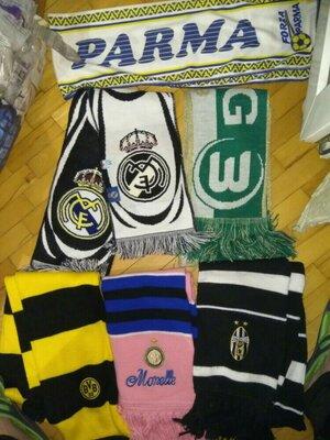 Спортивний фирменние шарфи футбольних клубів.