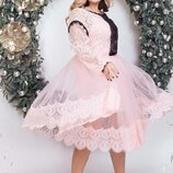 Очаровательное двухслойное платье