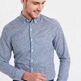 Белая мужская рубашка LC Waikiki / Лс Вайкики с синим принтом и белыми пуговицами