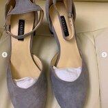Босоножки Сasadei замшевые серые на низком каблуке