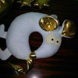Под заказ Белая Металлическая Мышь. Подушка игрушка