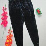 Шикарные трендовые велюровые бархатные штаны с манжетами высокая посадка M&S.