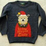 новогодний свитер TU на 4-5 лет.