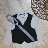 наборчик рубашечка, жилеточка и галстук Next 3 годика