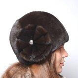 Женская зимняя норковая шапка шарик две ромашки 045