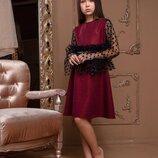 Гарна святкова сукня для дівчинки