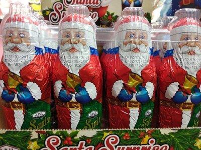 Дед мороз с подарком канфетам конфета шоколад фигурка подарок праздник новый год подарунок свято цук