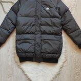 Черная зимняя короткая спортивная куртка бомбер натуральный пуховик пух перо оригинал