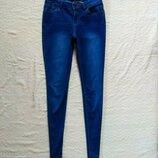 Стильные джинсы скинни New look, 8 pазмер.