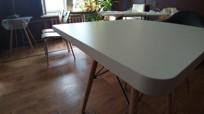 Компактный кухонный квадратный стол Крит белый экопластик размер 70х70