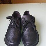 Стильные мужские кожаные ботинки Clarks