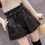 Кожаные женские шорты экокожа с высокой талией