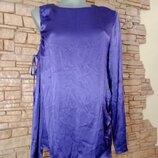 Блуза с открытым плечом,фиолетовый теплый цвет,фото искажает