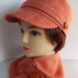 Кепка женская, кадетская кепка. Елка - оранжевая. Шарф в подарок.