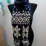 Теплый шарф в скандинавском стиле
