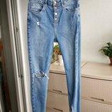 Новые джинсы скинни высокая посадка на талии рванки