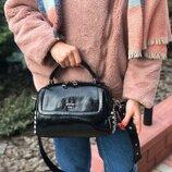 Женская кожаная сумка через плечо из масляной кожи черная жіноча шкіряна чорна стильная модная