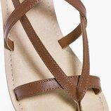Новые кожаные сандалии Boohoo для девочки