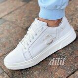 Кроссовки женские кожаные белые модные