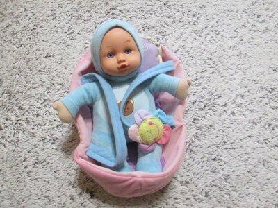 Кукла в люльке. Пупс