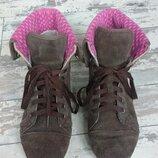 Crocs w9 коричневые ботинки кеды