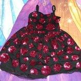 Нарядное платье на 4-5 лет.