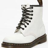 Крутые брендовые боты, ботинки Dr. Martens 1460 8-Eye Boot White Smooth , оригинал