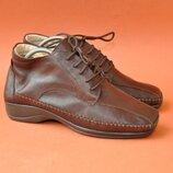 Новые ботинки Romagnoly 39р 25,5см